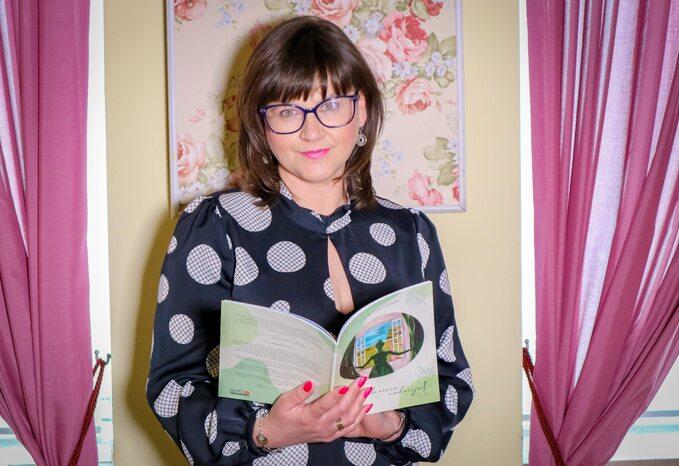 dr Monika Mularska-Kucharek