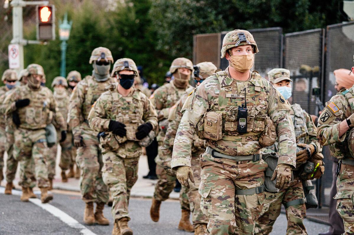Wojsko ochraniające Kapitol, zabezpieczenia w Waszyngtonie