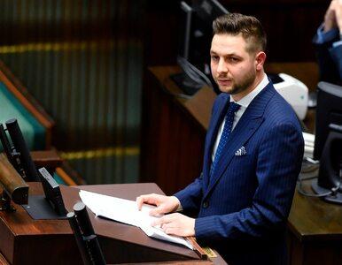 Patryk Jaki przeprosił Roberta Kropiwnickiego. Wiceminister twierdził,...