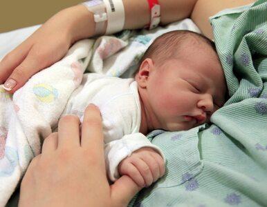 Jak często dochodzi do ostrego przebiegu COVID-19 u noworodków?