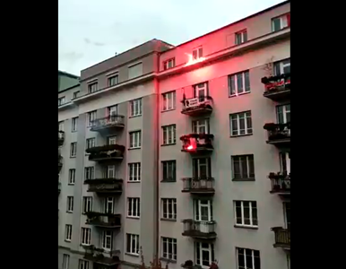 """""""Niech płonie ta ku***"""". Pożar w budynku na trasie Marszu..."""