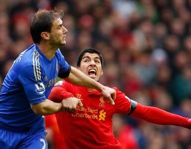 Napastnik Liverpoolu przeprasza za... ugryzienie obrońcy Chelsea