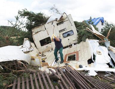 Ofiary trąb powietrznych dostały zasiłki - niecałe 4 tys. zł na rodzinę