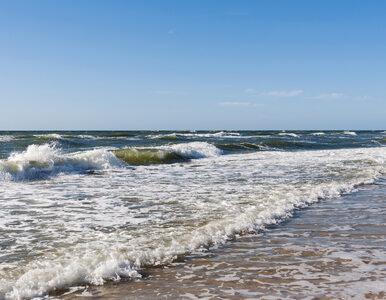 Akcja ratunkowa w Rewalu. Kilka osób topiło się w morzu, wyłowiono dwa...