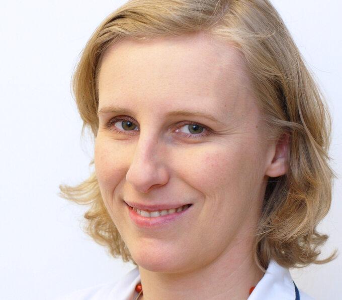 Dr n. med. Joanna Zdziarska, hematolog