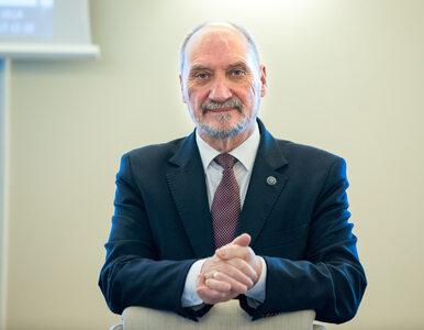 """Macierewicz mówi o """"kluczowych dowodach"""" ws. katastrofy smoleńskiej. """"Z..."""