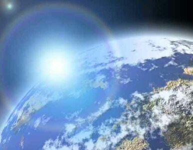 Satelita fotografuje powierzchnię Ziemi z detalami