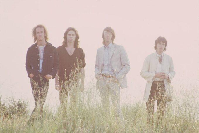 """Kadr zfilmu """"The Doors -historia nieopowiedziana"""" / """"When You're Strange"""" (2009)"""