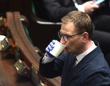"""Premier Morawiecki odpiera zarzuty posła Nitrasa. """"Żal komentować takie..."""
