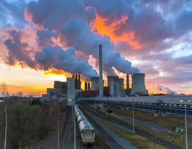 """KE wprowadza zmiany w systemie handlu emisjami. Chce zapobiec """"ucieczce..."""