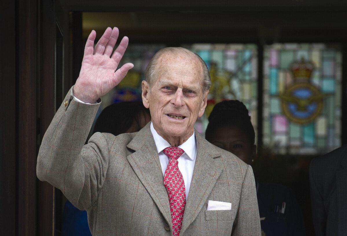 Książę Filip w 2012 roku po wyjściu ze szpitala