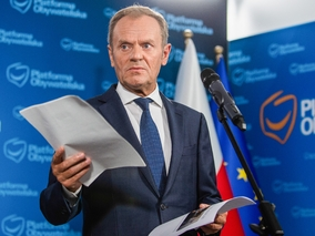 Tusk wygrał wybory, ale nie zapanował nad regionami PO. Jego ludzie...