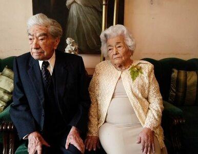 Mają razem prawie 215 lat, są małżeństwem od 1941 roku. Ta para z...