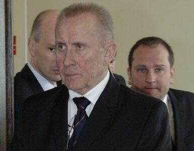 Czuma zawiesza prace komisji ds. nacisków