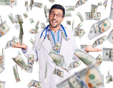 Polscy lekarze zarabiają prawie 2 razy lepiej niż lekarki. Jakie są...