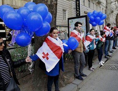 Gruzja: Kilkukilometrowy ludzki łańcuch w proteście przeciw Gazpromowi