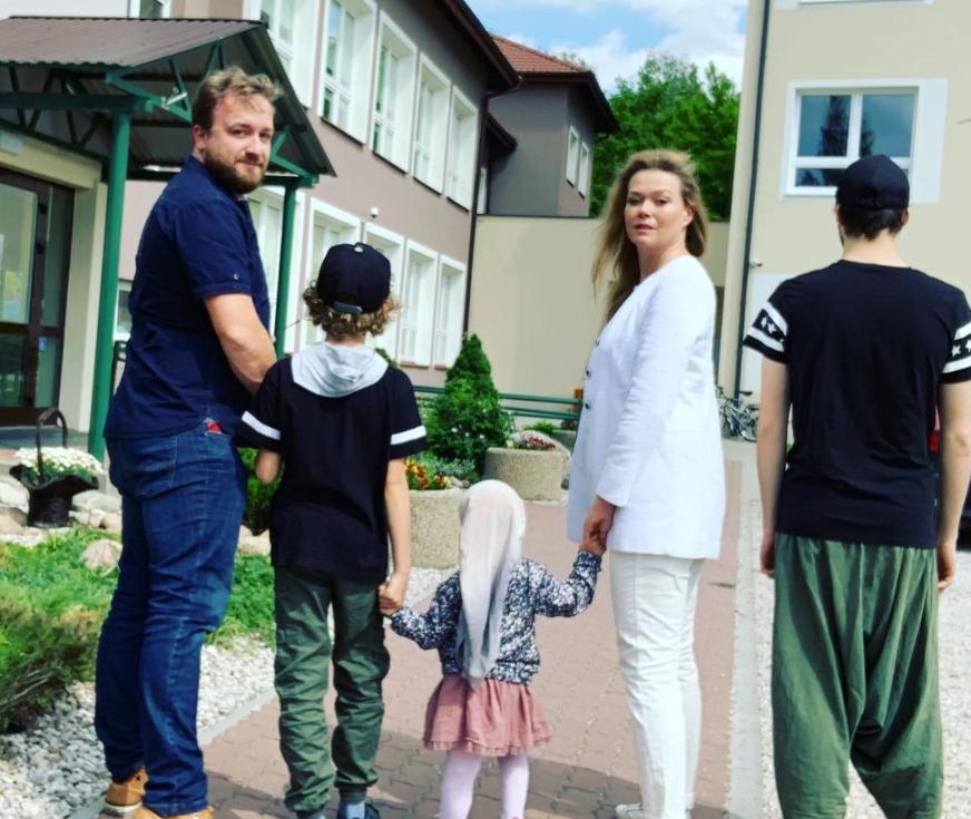 Tamara Arciuch z mężem i dziećmi