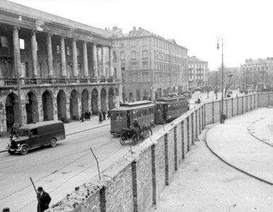80 lat temu zamknięto granice getta w Warszawie. Propagandowym...