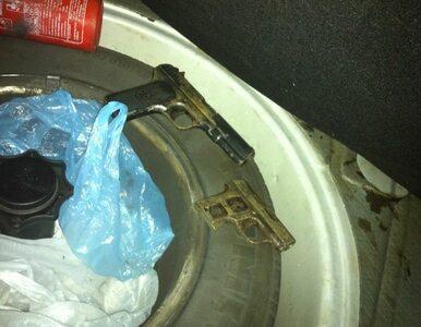 Broń i amfetamina w bagażniku. 26-latek zatrzymany