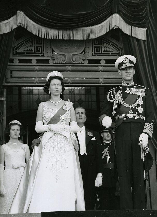 Książę Filip z królową Elżbietą w 1963 roku