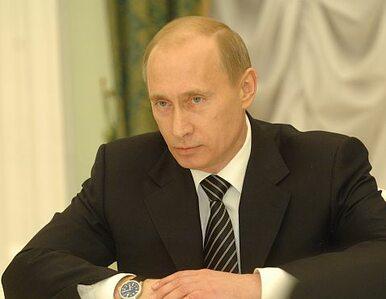 Moskwa sprzedaje koszulki z podobizną Putina