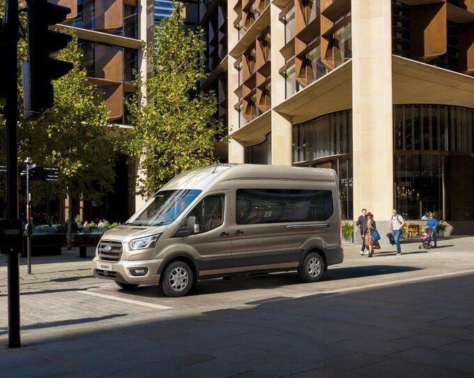 Ford Transit wwersji osobowej