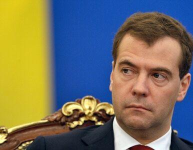 Miedwiediew: Rosja przegrywa walkę z korupcją