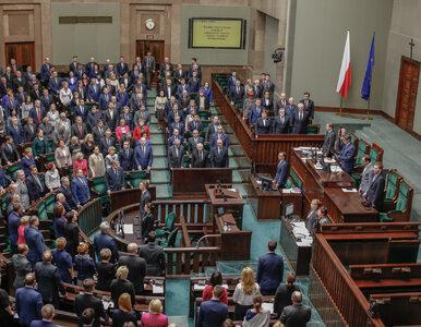 Obniżka wynagrodzeń parlamentarzystów o 20 proc. Sejm przegłosował ustawę