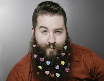Co zrobić z długiej brody? Odpowiedź jest prosta - kalendarz