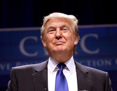 """Trump zachwycony wznowieniem śledztwa ws. maili Clinton. """"Afera większa..."""