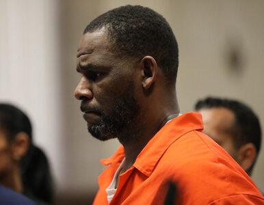 """R. Kelly, twórca hitu """"I Believe I Can Fly"""", pobity w więzieniu. Prawnik..."""