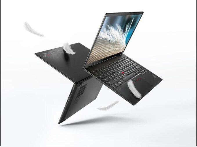 Lenovo ThinkPad X1 Nano waży mniej niżkilogram ijest najlżejszym ThinkPadem whistorii