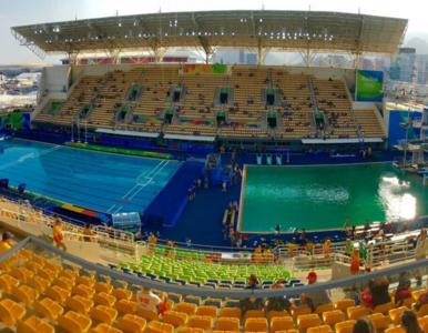 """""""Zgniła"""" woda w basenie olimpijskim. """"Nie ma ryzyka dla sportowców"""""""