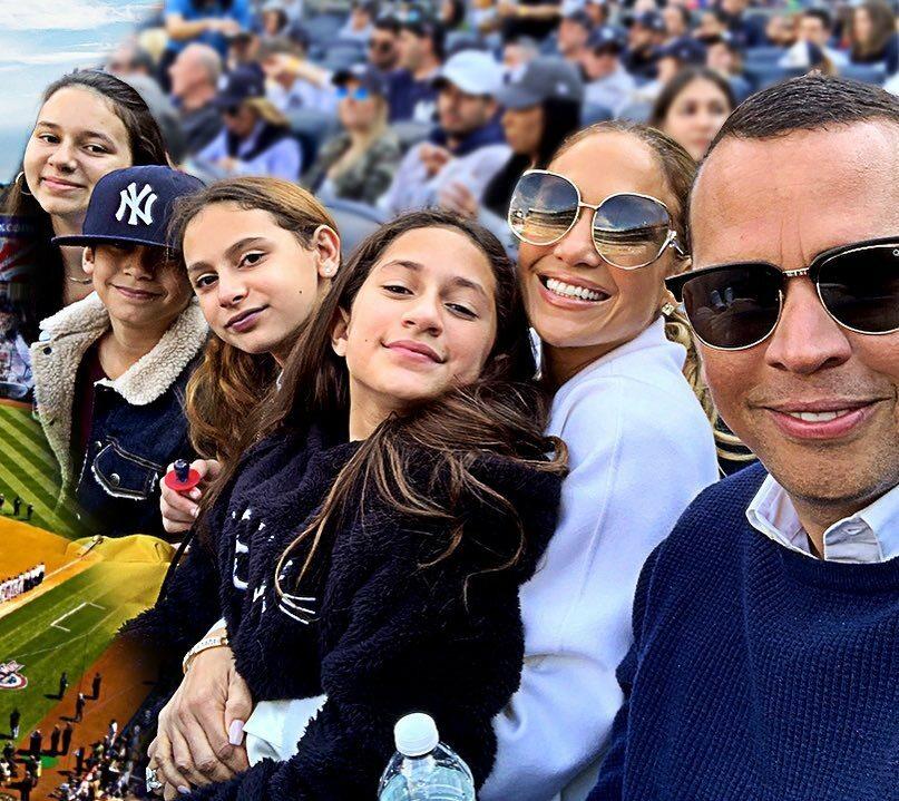 Jennifer Lopez z rodziną