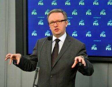 Poseł PiS: rząd fałszuje historię na niekorzyść Polski