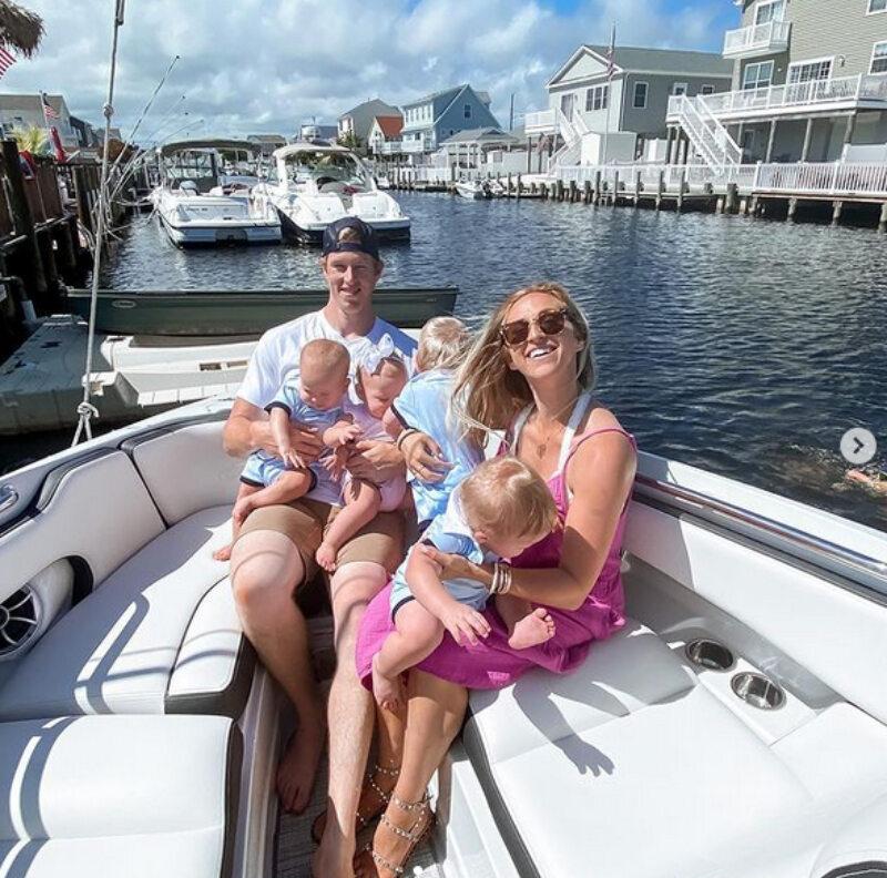 Lindsay Hay z rodziną