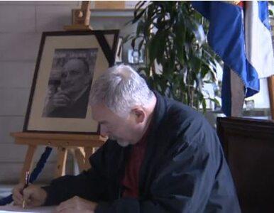 Mrożek nie żyje - księga kondolencyjna w Krakowie