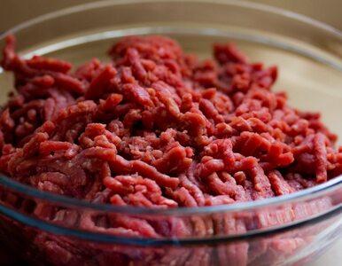 Jemy mniej mięsa. W zeszłym roku spożycie spadło o 2,24 proc.
