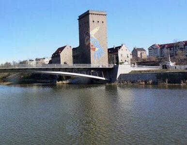 Woda zalewa Zgorzelec. Centrum miasta uratowane