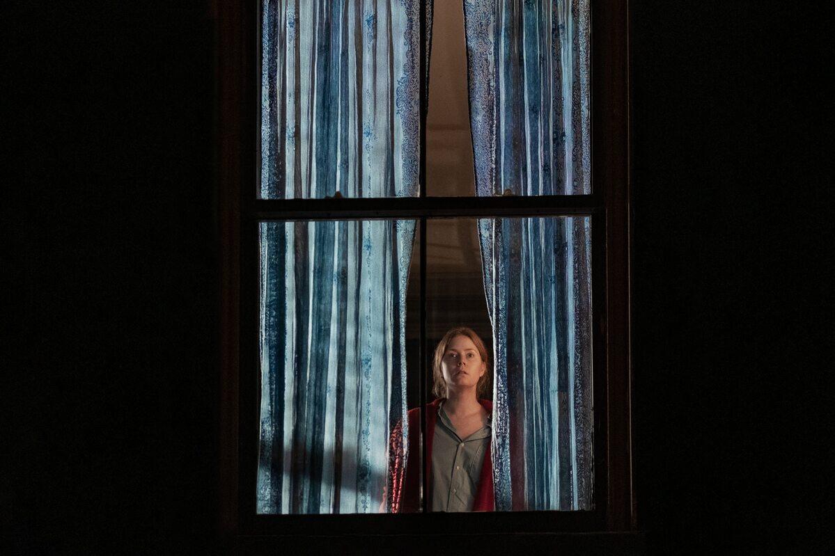 """Kadr z filmu """"Kobieta w oknie"""""""