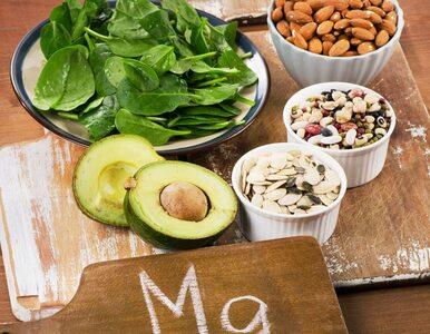 Przykre objawy menopauzy. Czy magnez pomaga je złagodzić?