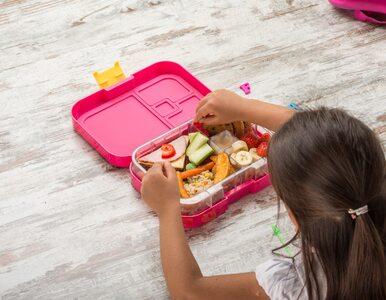 10 pomysłów na zdrowe i smakowite przekąski do szkoły