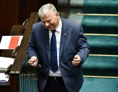 Suski o działaniach Trzaskowskiego: Może chce uciec w niepoczytalność,...