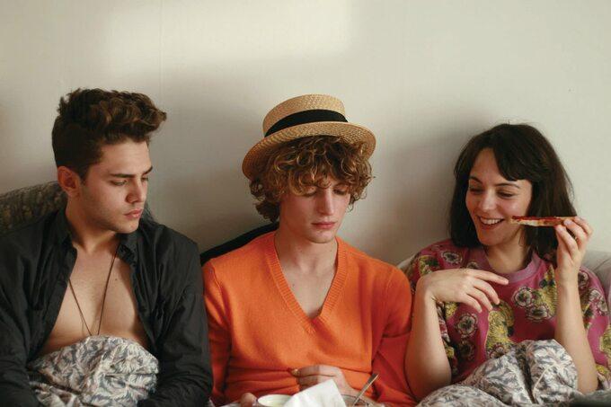 """kadr zfilmu """"Wyśnione Miłości"""" (2010)"""