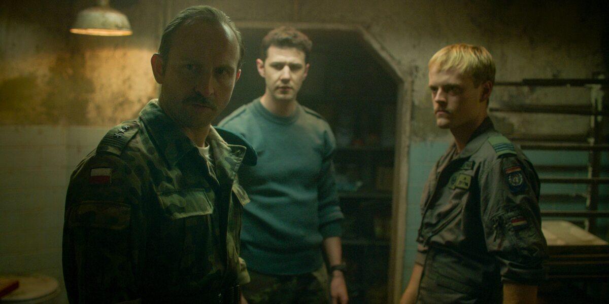"Kadr z 2. sezonu serialu ""Kierunek: Noc"""
