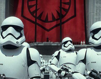 """Rekord kasowy nowych """"Gwiezdnych Wojen"""". Miliard dolarów w 12 dni"""