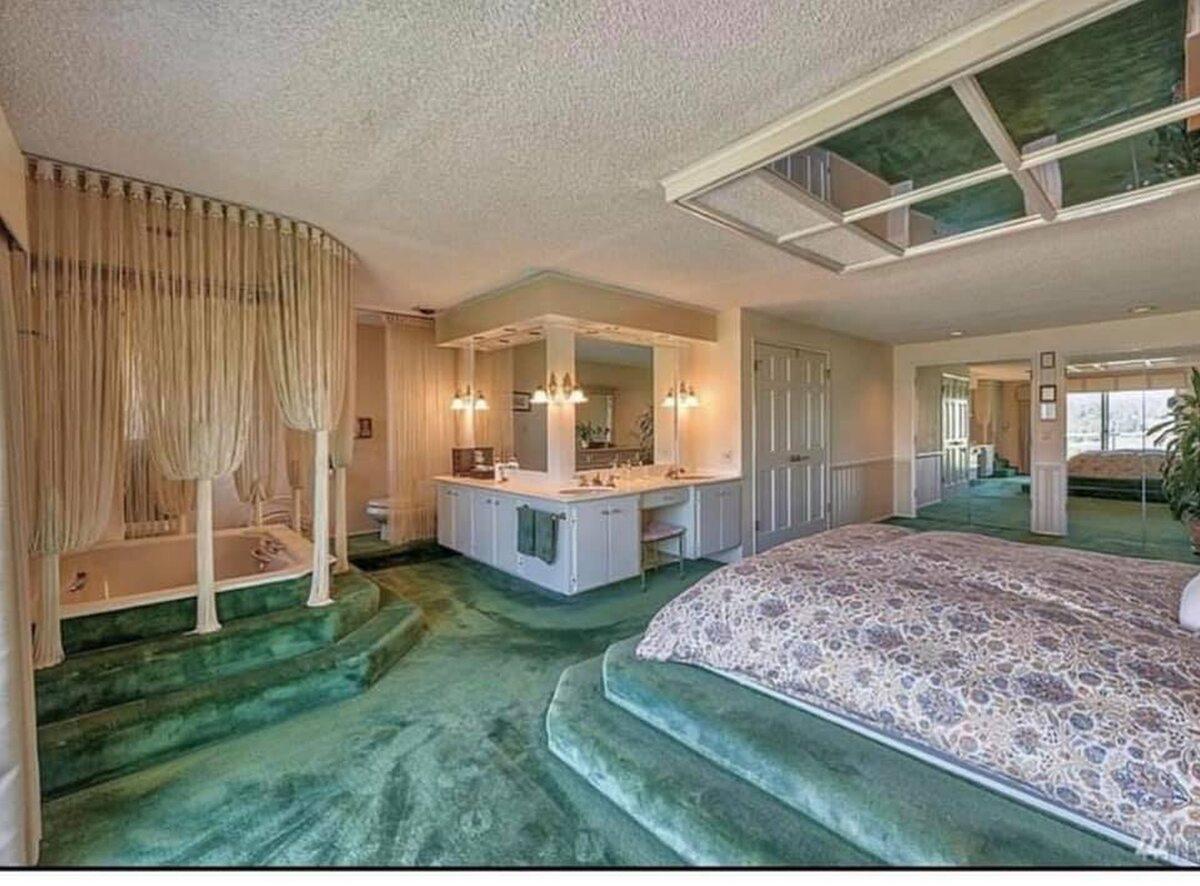 """Łóżko wodne? Lepiej od razu """"Wodny Świat"""""""