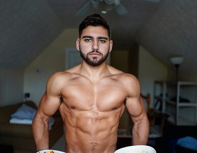 Je dwa posiłki dziennie od trzech lat. Twierdzi, że to jego sposób na...