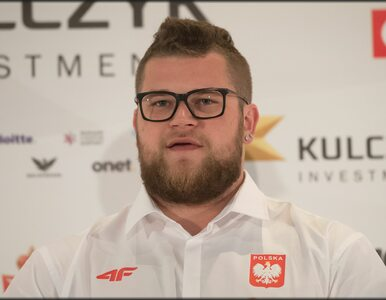"""Paweł Fajdek broni polskich piłkarzy. """"Kolejna g***oburza szykuje się w..."""