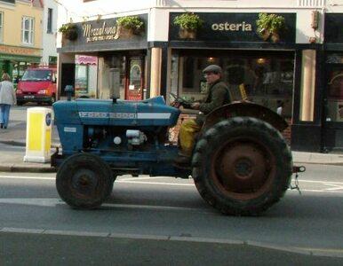 Białymstok: Rolnicy blokują urząd wojewódzki
